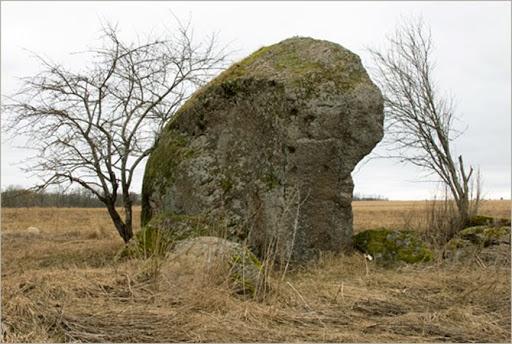 О камнях и лицах